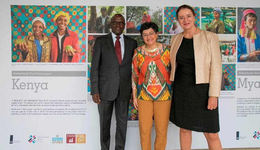 Photo exhibition around the ITC Netherlands Trust Fund with the Ambassador of Kenya, director Arancha Gonzalez (ITC) and the Ambassador of the Netherlands.